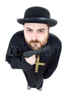 prete con pistola