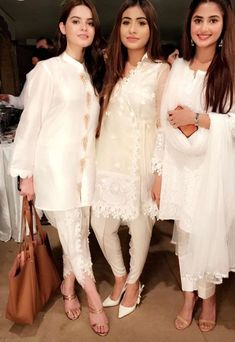 46 trendy how to wear white dress classy blouses Pakistani White Dress, Pakistani Dresses Party, Pakistani Wedding Outfits, Pakistani Dress Design, Indian Dresses, Indian Outfits, Wedding Dresses, Bohemian Dresses, Pakistani Fashion Casual