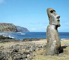 Moai, Easter Island, Chile Easter Island Moai, Wood Carving Art, South America, Chile, Explore, World, Louis Stevenson, Places, Robert Louis