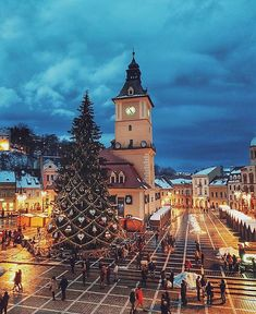 Brasov City Center in Winter, Transylvania, Romania Constanta Romania, Bucharest Romania, Places To Travel, Travel Destinations, Places To Visit, Romania People, Travel Around The World, Around The Worlds, Romania Travel