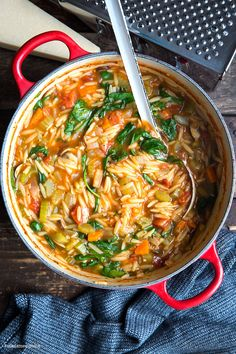 Orzo-Eintopf (Reisnudel-Eintopf) mit Spinat - Madame Cuisine Asian Recipes, Mexican Food Recipes, Vegetarian Recipes, Healthy Recipes, Ethnic Recipes, Rice Recipes For Dinner, Breakfast Recipes, Breakfast Spinach, Risoni