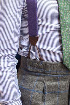 Purple braces Grey Suit Men, Mens Suits, Best Casual Shirts, Leather Suspenders, Suspenders Outfit, Ivy League Style, Classic Suit, Gentleman Style, Gentleman Rules