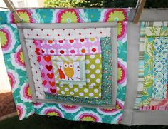 Log Cabin #Quilt with fussy cut owls at the centers of the blocks