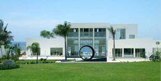 "Casa China Blanca - Beachfront Villa From The ""Limitless"" Movie"