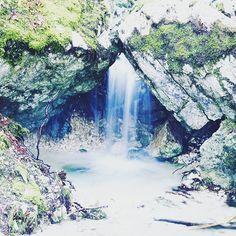 Reposting @razinhio: 1er essai de pose longue!!! très content du résultat!!!bon dimanche à vous!!!💙💙 happy sunday💙💙 #lifestyle #travel #nature  #sun #clouds #love #my #life #fun #waterfalls  #naturelovers #france #photographer #photography #photo #picoftheday #photooftheday #instagram #instagood #instalike #like #like4like #cute #top #paradise #sun #lake #beautiful #nice #longexposure #cute