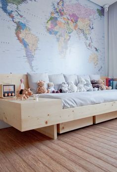 Boy bedroom decor - Don't go with a bed that's too big for your space. A little room with a king bed will probably be too cramped. In addition, it limit the amount of room you might have for other furniture without cluttering your home. Deco Kids, Baby Room Design, Nursery Design, Baby Nursery Decor, Boy Decor, Nursery Room, Kid Spaces, Kids Bedroom, Kids Rooms