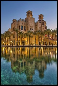Dubai architecture – buildings of the United Arab Emirates    Illustration   Description   Dubai the place where the past and the future live together i love it A city with modern architecture, one of the world's most amazing buildings and luxury – for 40