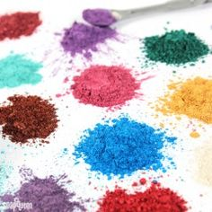Shop mica colorants here. They look beautiful in handmade soap, bath bombs, lotion, scrubs, and more. Find your new favorite color at Bramble Berry. Savon Soap, Soaps, Body Tutorial, Clay Face Mask, Clay Faces, Soap Base, Cold Process Soap, Soap Recipes, Belleza Natural