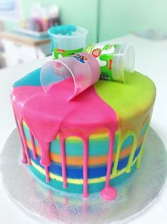 Cake idea for a child's birthday slime party 10 Birthday Cake, 9th Birthday Parties, Girl Birthday Themes, Birthday Fun, 11th Birthday, Tween Girl Party Ideas, 7th Birthday Party For Girls Themes, Birthday Cakes Girls Kids, Birthday Morning