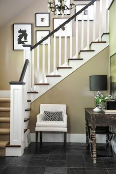 Laurie & Randy Kelder Home featured in Style At Home Magazine — Tracey Ayton Photography Craftsman Staircase, Craftsman Home Decor, Craftsman Interior, Craftsman Style Homes, Craftsman Houses, Cottage Staircase, Interior Stairs, Home Interior Design, Style At Home
