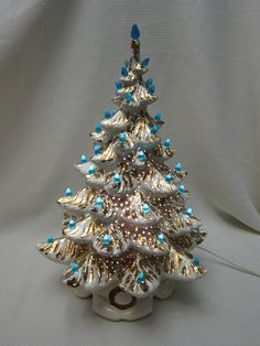 "Vintage Atlantic Mold 20"" White and Gold Ceramic Christmas Tree, 1970s"