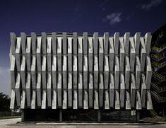 concrete facade in colombia    'cementos argos' by felipe gonzalez-pacheco and juan ignacio munoz