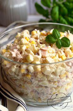 Sałatka z selerem konserwowym, jabłkiem, szynką i ananasem – Smaki na talerzu Cereal, Salads, Meals, Impreza, Vegetables, Healthy, Breakfast, Recipes, Food