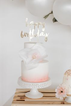 Floral Themed Birthday Party Ideas and Inspiration Happy Birthday Cake Topper, First Birthday Cakes, First Birthday Parties, First Birthdays, Mini Balloons, Balloon Garland, Baby Girl Birthday Theme, Baby Girl Cakes, Birthday Party Decorations