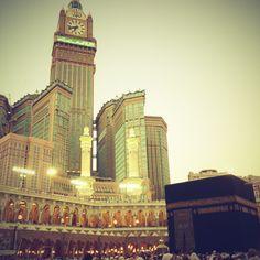 The towers and a ka'bah