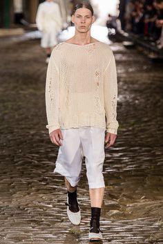 Alexander McQueen Spring 2014 Menswear Fashion Show