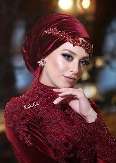Wedding Hijab Styles, Hijab Wedding Dresses, Eid Dresses, Bridal Dresses, Hijab Turban Style, Mode Turban, Muslim Girls, Muslim Women, Beau Hijab
