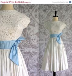 1950s White Lace Dress with Sash and Full Pleated Skirt XXS $96.00