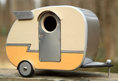 If I was a bird, I think I'd be doing my best to get dibs on a modern   birdhouse like this one. Jumahl of Upper Marlboro, Maryland is the   mastermind behind this idyllic aviary abode. But this modern camper isn't   built for just any bird. The hole size, just 1.5 inches, attracts primarily   blueb