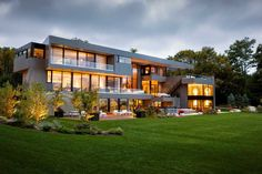 http://www.contemporist.com/2014/12/04/sands-point-residence-by-narofsky-architecture/