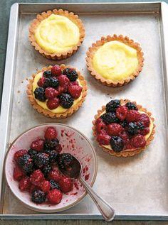 Berry-Cream Tartlets #summerberries