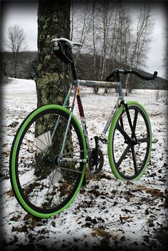 love the green tires and aerospoke front wheel