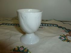 Nice-White-Porcelain-Egg-Cup-Good-Mold-Relief