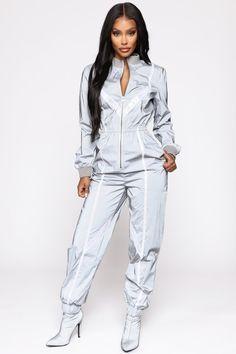 Contrast News Reflective Jumpsuit – Grey – fashion nova jeans Blue Jean Jumpsuit, Burgundy Jumpsuit, Jumpsuit With Sleeves, Grey Fashion, Autumn Fashion, Gothic Fashion, Latest Fashion Clothes, Fashion Outfits, Bleach Tie Dye