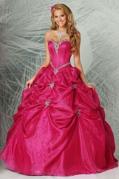3e30b6122 Preciosos Vestidos de Fiesta de 15 Años de varios colores Trajes De  Quinceañeras