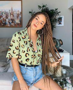 box braids with color - box braids ; box braids with color ; box braids with curly ends ; box braids hairstyles for black women ; box braids with curly hair Try On Hairstyles, African Braids Hairstyles, Trending Hairstyles, Black Girls Hairstyles, Braided Hairstyles, Braided Updo, Elegant Hairstyles, 5 Braid, Amazing Hairstyles