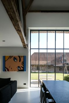 Landgoed Meenseweg – Ieper ©Cafeine Steel Doors And Windows, Interior Architecture, Interior Design, Home Decor Bedroom, Home Goods, Houses, Bay Windows, Contemporary Homes, Barn