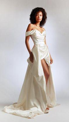 Satin Mini Dress, Taffeta Dress, Vivienne Westwood Wedding Dress, Vivienne Westwood Clothes, Moda Aesthetic, Bridal Fashion Week, Fashion Wedding Dress, Designer Wedding Dresses, Bridal Outfits