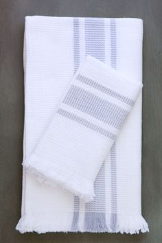 handwoven blockrib towels in cloud grey — hand towels are temporarily sold out luxurious, soft, gentle, absorbent and very french, these towels feature hemmed long sides and eyelash-fringed. Loom Weaving, Hand Weaving, Grey Hand Towels, Cotton Towels, Tea Towels, Dish Towels, Swedish Weaving, Hello Kitty Wallpaper, Textiles