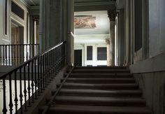 Escaleras by Mon Labiaga Ferrer, via Flickr