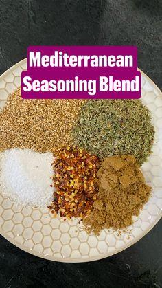 Homemade Dry Mixes, Homemade Spice Blends, Homemade Spices, Homemade Taco Seasoning, Seasoning Mixes, Chicken Seasoning, Italian Seasoning Recipes, Cajun Seasoning Recipe, Mexican Seasoning