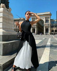 "#look_felix on Instagram: ""How do you like the design of the dress? @catwalk_connection  . ❤️ Check the Stories for more Looks! ✅FOLLOW @_felix_dives_  #look_felix…"" Long Summer Dresses, Evening Dresses, Maxi Dresses, Fashion Dresses, Stylish Dresses, Nice Dresses, 1 Piece Dress, Taffeta Skirt, Night Dress For Women"