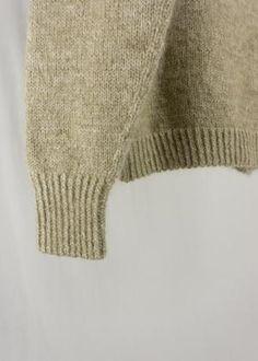 Sorént Oslo | LARA Knitted Sweater | Women's wear Hand Knitted Sweaters, Sweater Making, Oslo, Merino Wool, Hand Knitting, Women Wear, Beige, Pullover, Coat