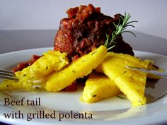 TynaTyna: Oxtails with grilled polenta Grilled Polenta, Hamburger, Beef, Homemade, Ethnic Recipes, Food, Meat, Hamburgers, Hoods