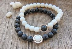 His and hers bracelet Couple bracelets Yin yang bracelets Matching bracelets Gifts for boyfriend gift for him Black white bracelets set mens ~ Couples bracelets ~ this cute and simple bracelets set is handmade with black lava beads, natural white jade beads and stretch elastic thread.