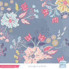 Lisa Glanz - Playful petal  | The Ultimate Portfolio Builder | September 2015 class | Student Pattern Design Showcase | The Art and Business of Surface Pattern Design | Make it in Design | www.makeitindesign.com