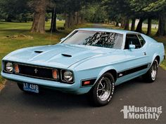 1973 Ford Mustang - baby blue
