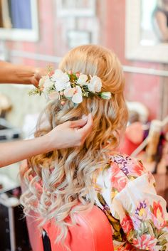 Beautiful wedding day hairstyle! / Seneca Epley Photography