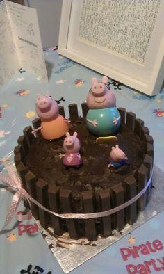 Peppa muddy puddles cake