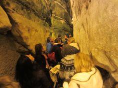 El tunel abajo del muro de los lamentos Israel Tour 2013 www.ElCaminoMasFacil.com
