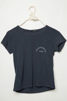 Brandy ♥ Melville | Mason CA 1984 Top - Graphics