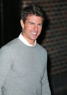 Celebrities - Tom Cruise Photos collection You can visit our site to see other photos. Tom Cruise Haircut, Tom Cruise Smile, Lions For Lambs, Cocktail 1988, The Color Of Money, Edge Of Tomorrow, The Last Samurai, The Vampire Chronicles, Toms
