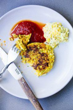 Viernes: hamburguesas de arroz, garbanzos, zanahorias y puerros