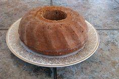 Ovsená bábovka Pudding, Bread, Cake, Desserts, Food, Pie Cake, Meal, Custard Pudding, Cakes