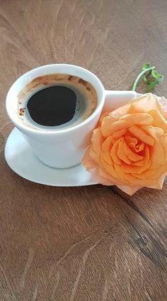 ~ ღ Skuwandi Coffee Puns, Coffee Cafe, Coffee Humor, My Coffee, Coffee Drinks, Coffee Drawing, Coffee Painting, Good Morning Coffee, Coffee Break