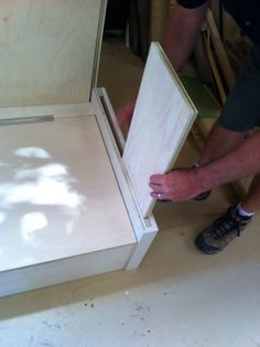 Murphy bed construction